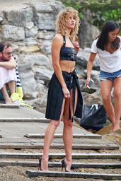 Karlie Kloss - On the Set of a Photoshoot in Sydney, Australia 2/2/ 2017