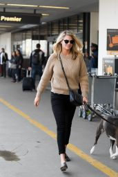 Kate Upton Casual Style - LAX Airport in Los Angeles 2/2/ 2017