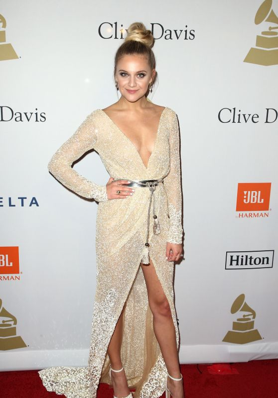 Kelsea Ballerini on Red Carpet – Clive Davis Pre-Grammy 2017 Party in Beverly Hills