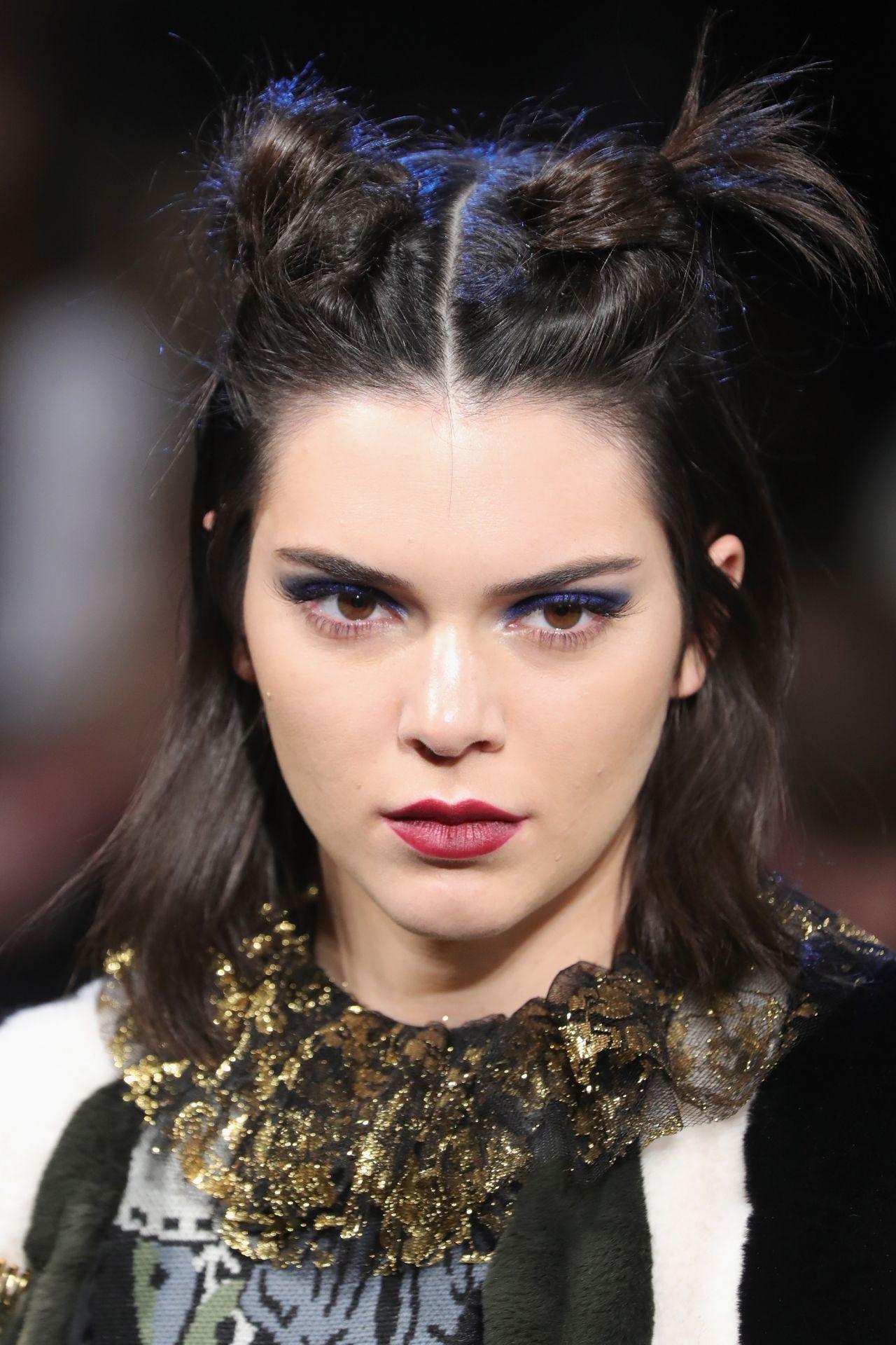 Kendall Jenner Supermodel Runway Walk Anna Sui Fashion