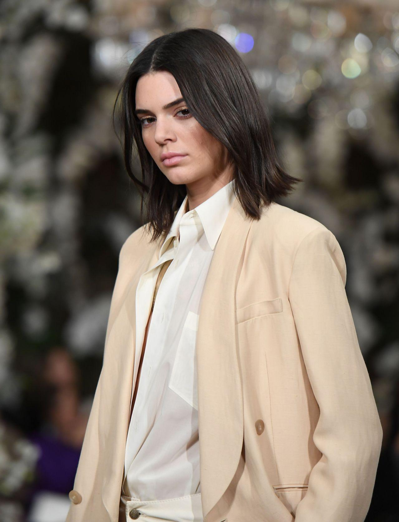 Kendall Jenner Walks the Runway for Ralph Lauren ...