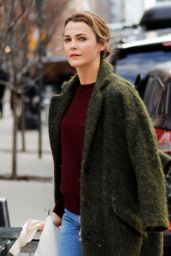 Keri Russell - Catches A Cab in NYC 2/2/ 2017
