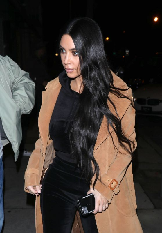Kim Kardashian - Arrives for Dinner at Craig
