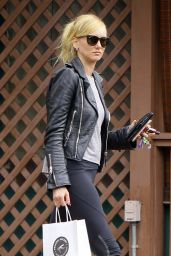 Kimberly Stewart in Leggings - Shopping in West Hollywood 2/19/ 2017