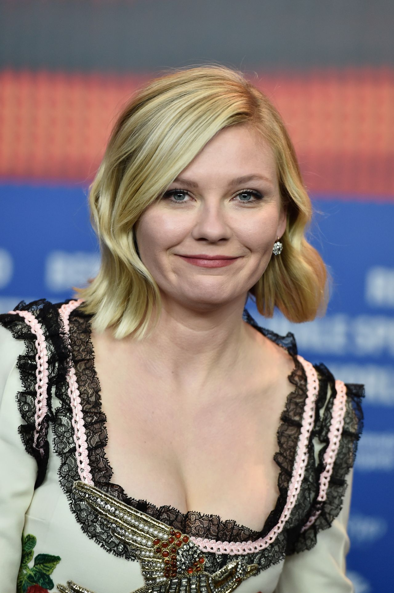 Kirsten Dunst - 'Midnight Special' Press Conference in ...
