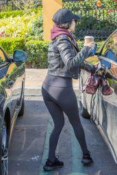 Kourtney Kardashian in Tights - Sunlife Organics in Calabasas 2/22/ 2017