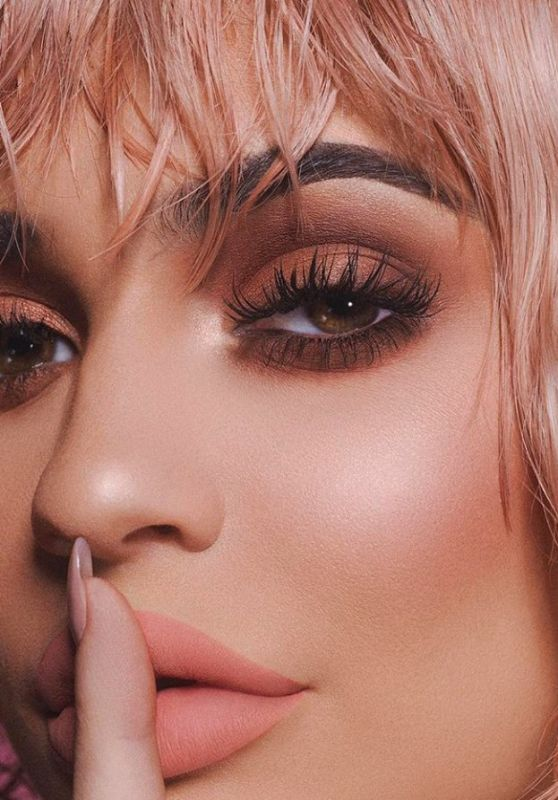 Kylie Jenner - Photoshoot for KylieCosmetics 2017