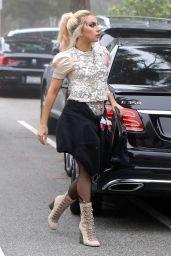 Lady Gaga Style - Trip to a Friend