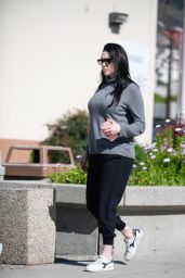 Laura Prepon - Stops by the DMV in Glendale, February 2017