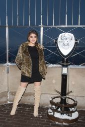 Lauren Giraldo - Visits The Empire State Building in New York 1/31/ 2017