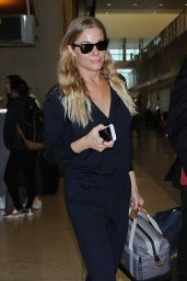 LeAnn Rimes at the LAX Airport in Los Angeles 2/13/ 2017