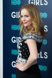 Leslie Mann – 'Girls' TV Series Season Finale Premiere in NYC 2/2/ 2017