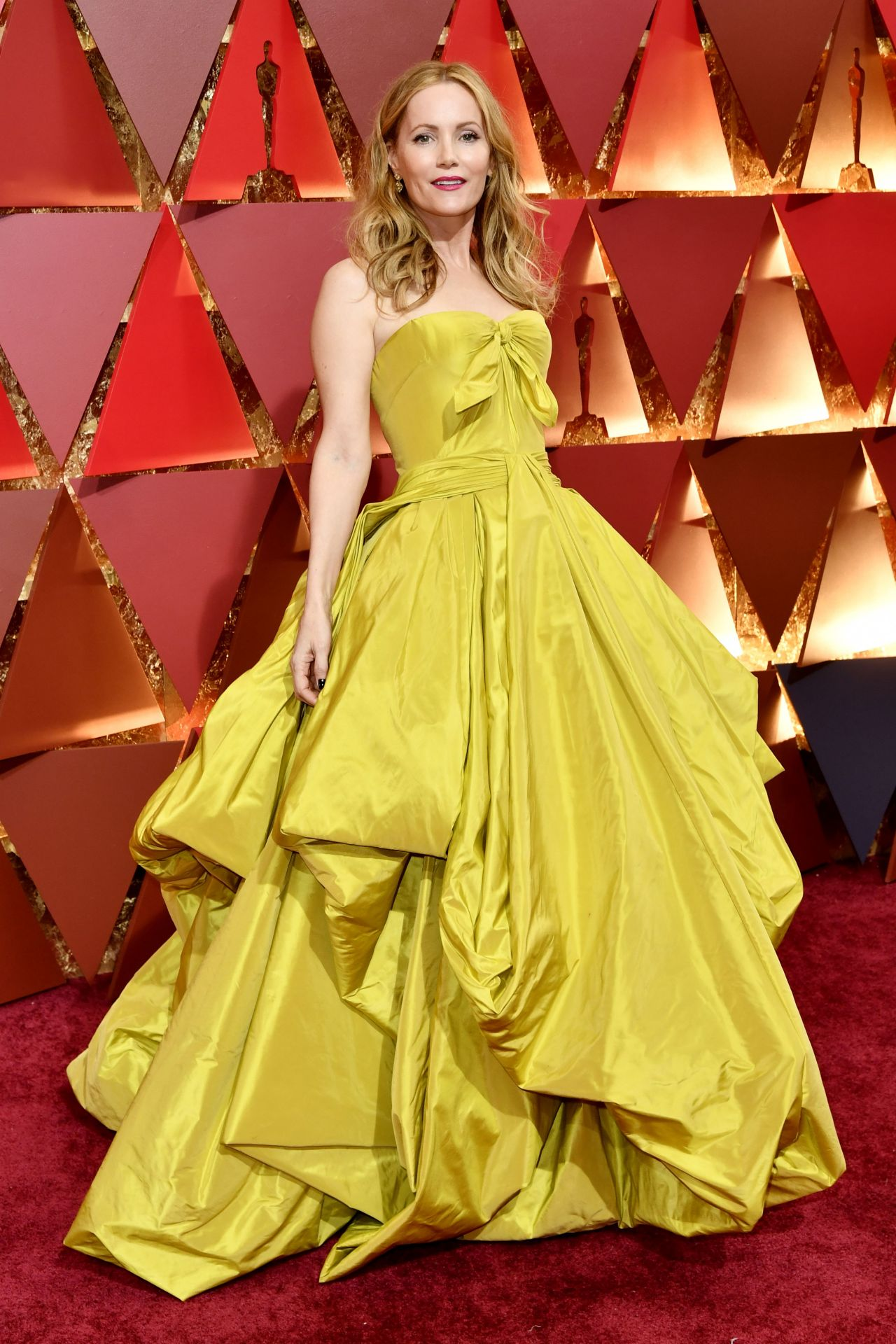 Leslie Mann Oscars 2017 Red Carpet In Hollywood