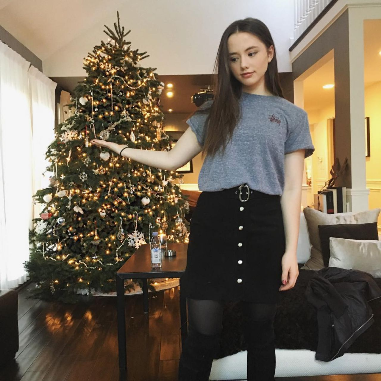 Lily Mo Sheen Pics Celebrity Social Media 2 27 2017