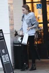 Lily-Rose Depp - Having Lunch at Joan