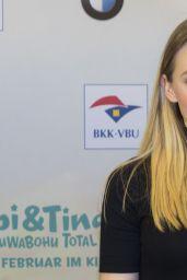 Lina Larissa Strahl -