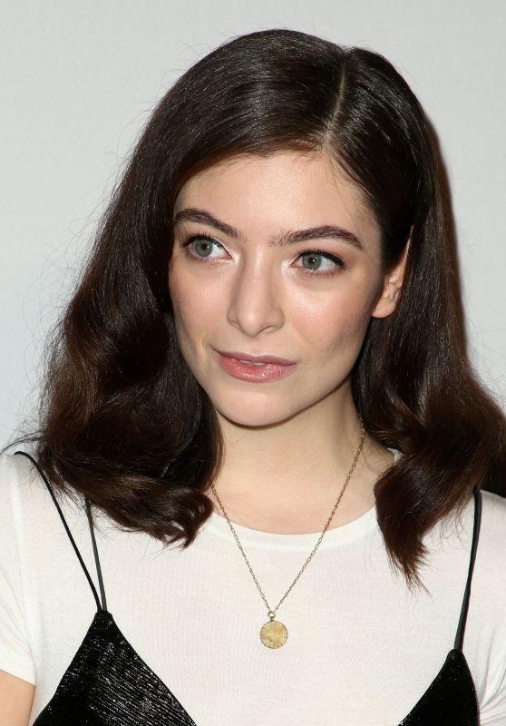 Lorde – Clive Davis PreGrammy Party in Los Angeles 2/11/ 2017