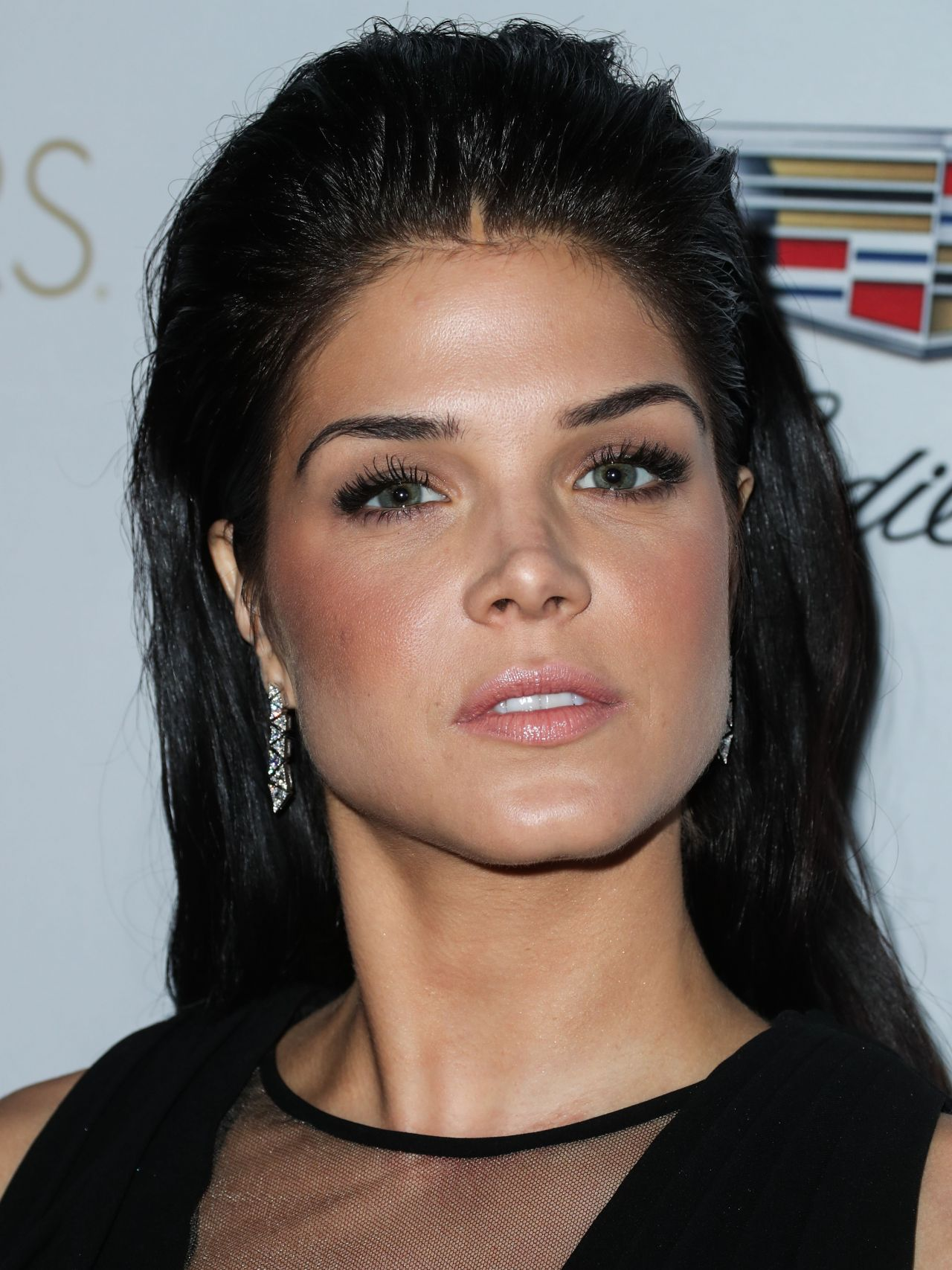 Marie Avgeropoulos - C...