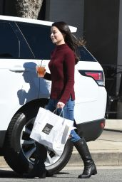 Miranda Cosgrove - Picks up Lunch in LA 2/23/ 2017