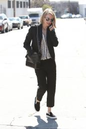 Naomi Watts - Hanging Out in Brentwood, CA 2/24/ 2017