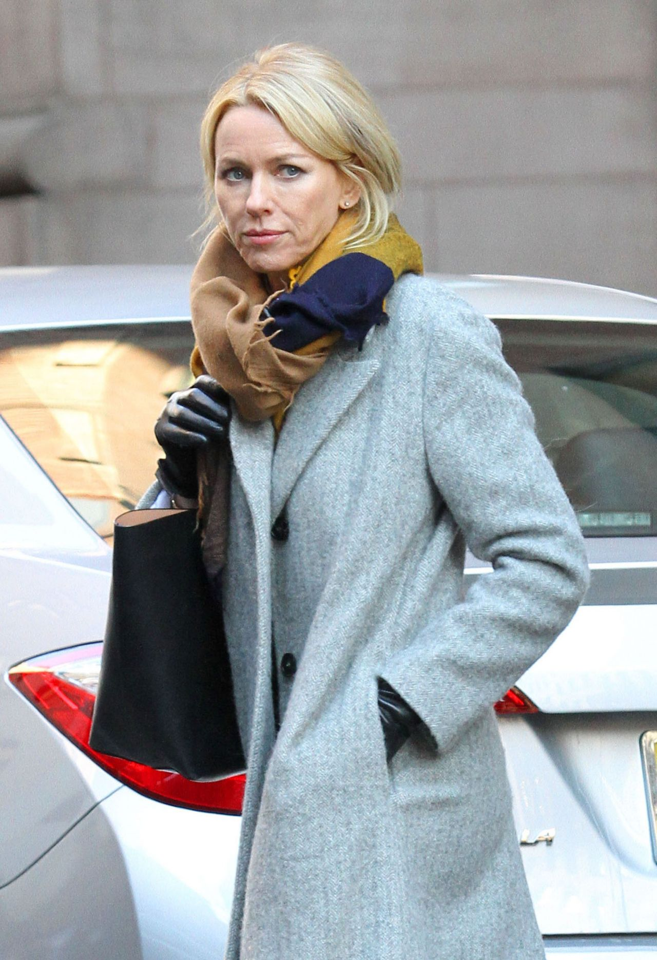 Naomi Watts - On the S...
