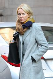 Naomi Watts - On the Set of