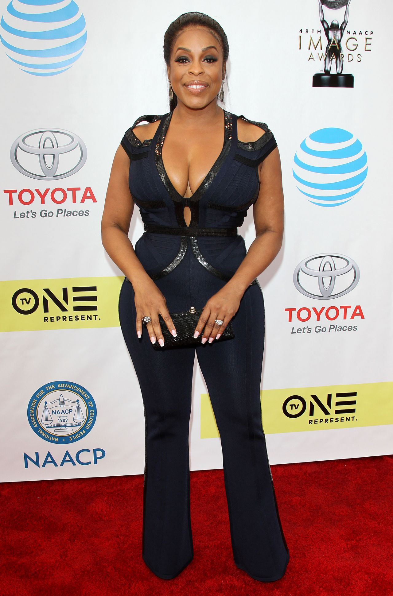 Niecy Nash at 48th NAACP Image Awards in Los Angeles 2 11 2017