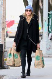 Rachel Hilbert - Shopping in Soho, New York 2/1/ 2017