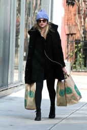 Rachel Hilbert - Shopping in Soho, New York 2/1/ 2017