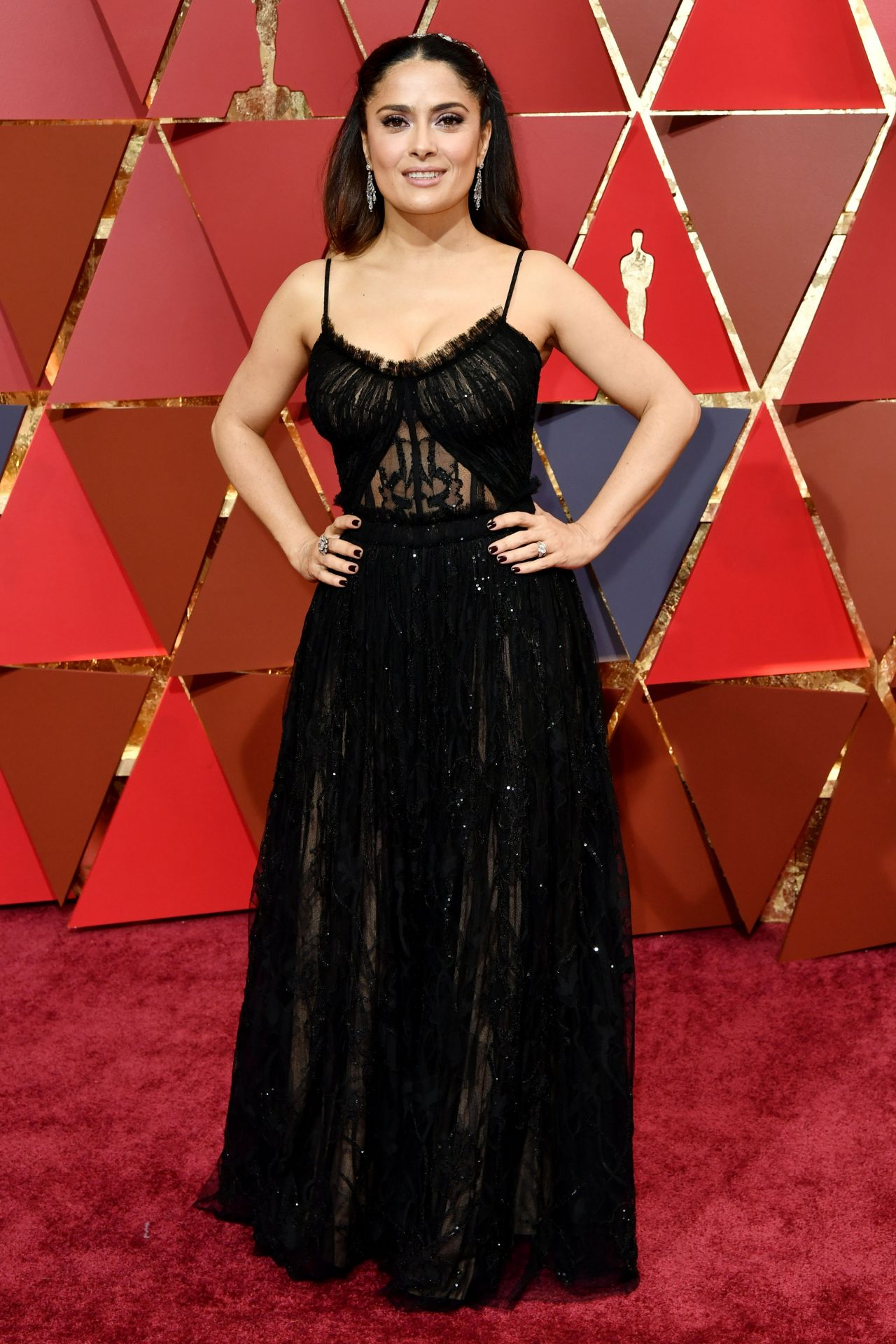 http://celebmafia.com/wp-content/uploads/2017/02/salma-hayek-oscars-2017-red-carpet-in-hollywood-5.jpg