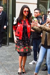 Selena Gomez - Leaving Her Hotel and Posing for Selfless With Fans in NYC 2/8/ 2017