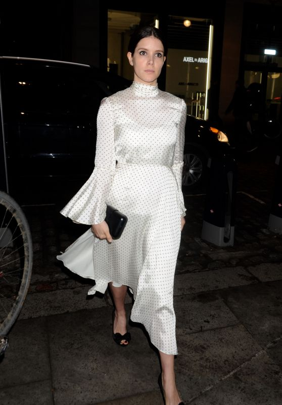 Celebrity red carpet pregnant dresses for vegas