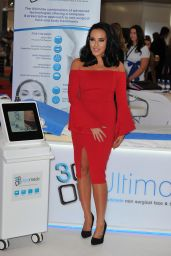 Stephanie Davis - 3D Lipo Beauty Expo in London 2/27/ 2017