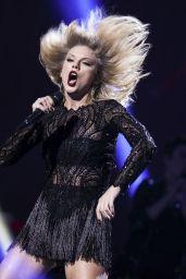 Taylor Swift – 2017 DIRECTV NOW Super Saturday Night Concert in Houston 2/4/ 2017