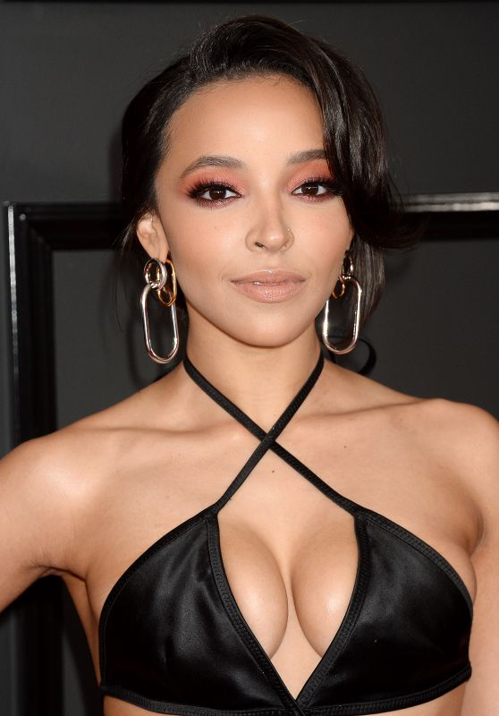 Tinashe at GRAMMY Awards in Los Angeles 2/12/ 2017