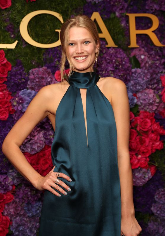Toni Garrn at Bulgari Pre-Oscar Celebration in Hollywood 2/25/ 2017