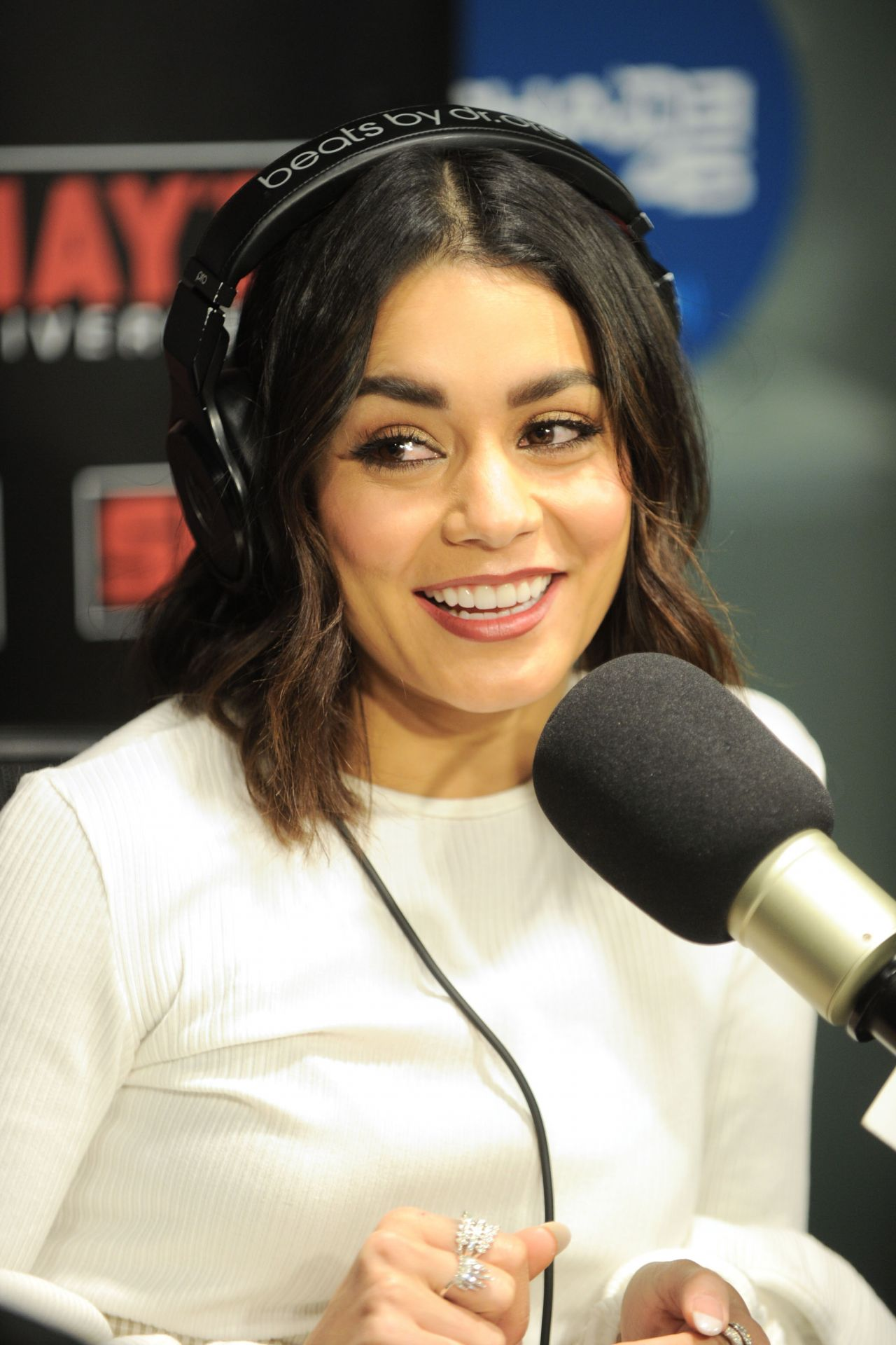 Vanessa Hudgens Visits Sirisxm Radio In Nyc 1 30 2017