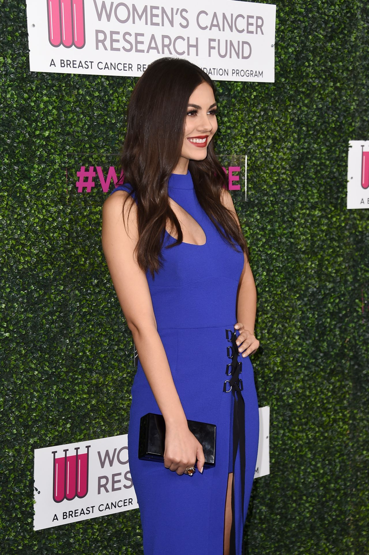 victoria justice � women�s cancer research fund hosts �an