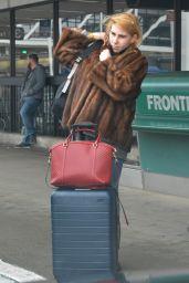 Zosia Mamet - Departing Los Angeles International Airport 2/7/ 2017
