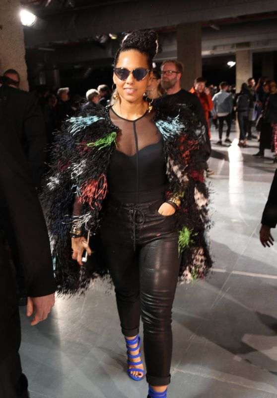 Alicia Keys - Yohji Yamamoto Fashion Show at Paris Fashion Week 3/3/ 2017
