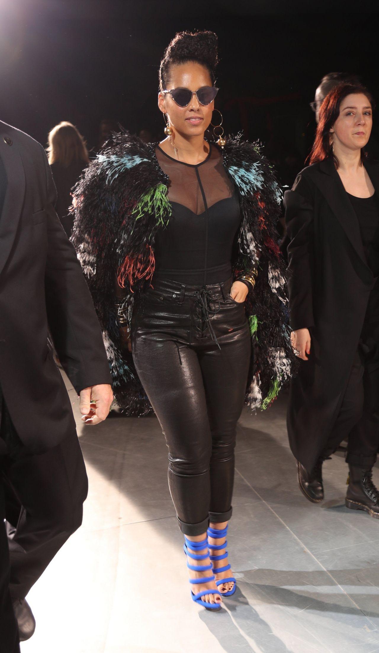 Alicia Keys Yohji Yamamoto Fashion Show At Paris Fashion