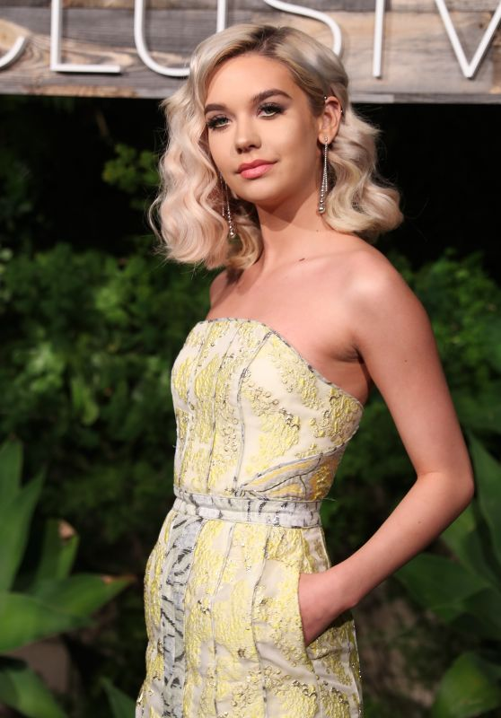 Amanda Steele - H&M Conscious Exclusive Collection Dinner in Los Angeles 3/28/2017