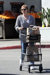 Amy Adams - Grocery Shopping in Los Angeles 3/15/ 2017