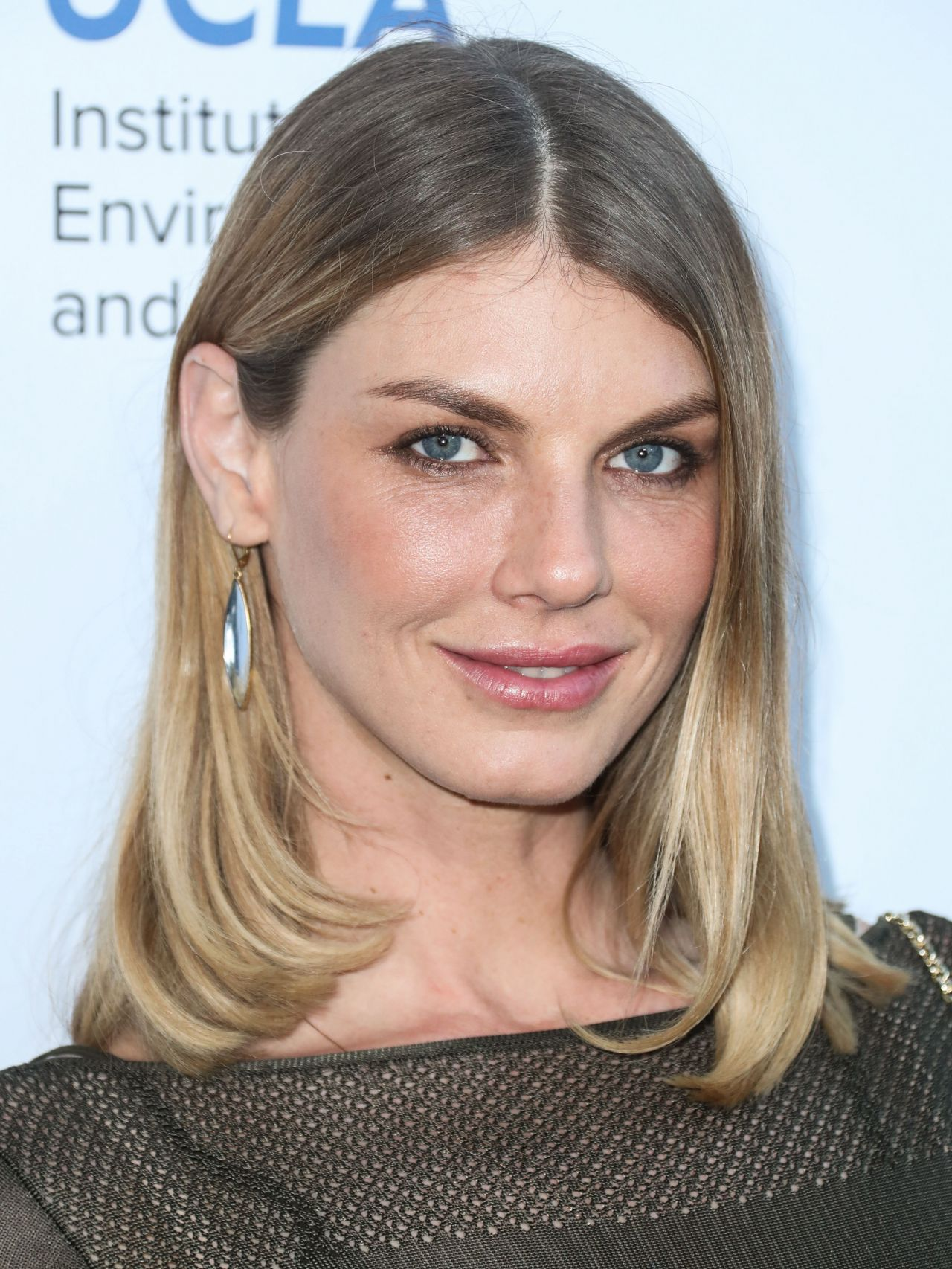 Topless Angela Lindvall  nude (99 photo), Twitter, cleavage