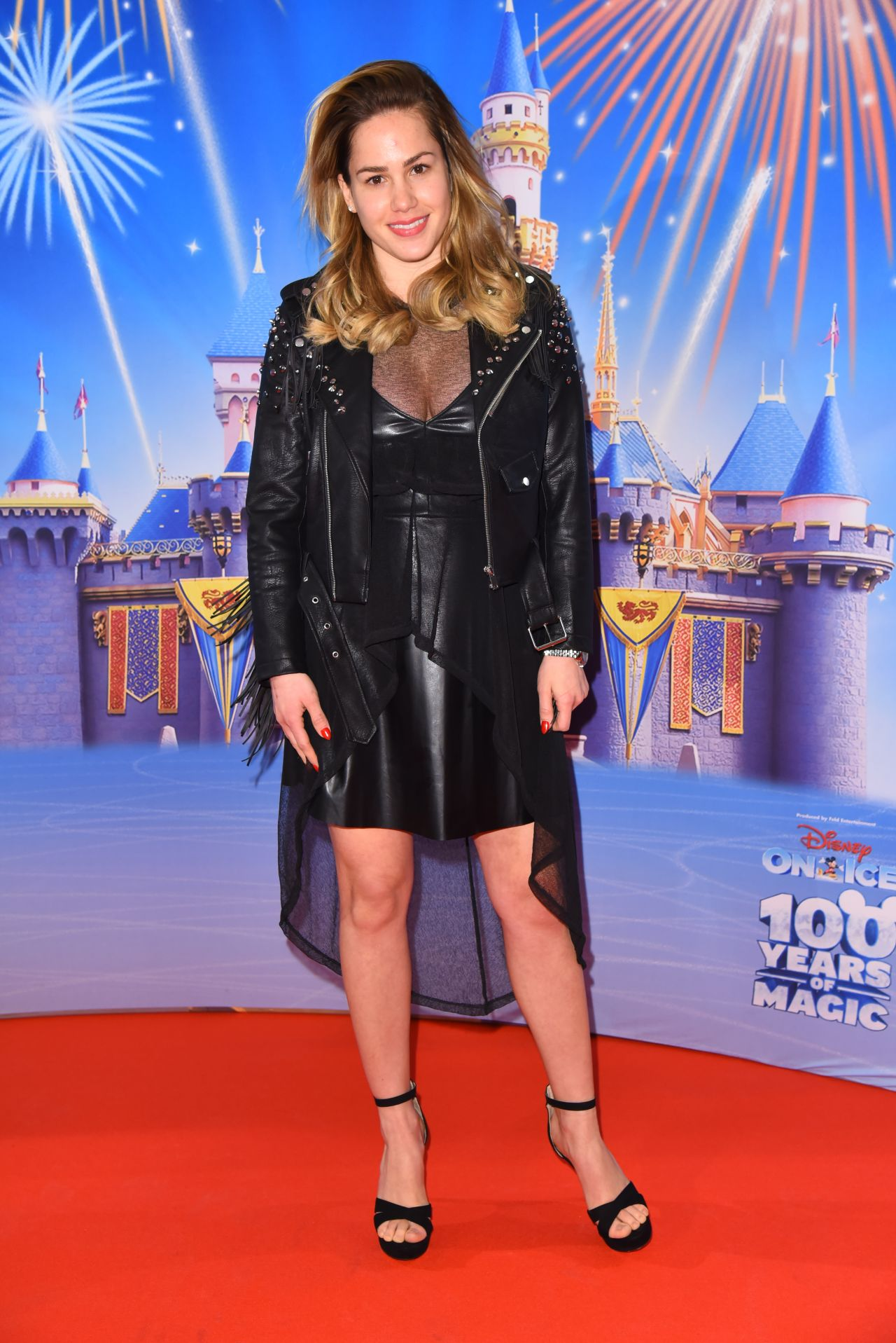 Angelina Heger – 'Disney on ice' Premiere in Velodrom, Berlin 3/2/ 2017