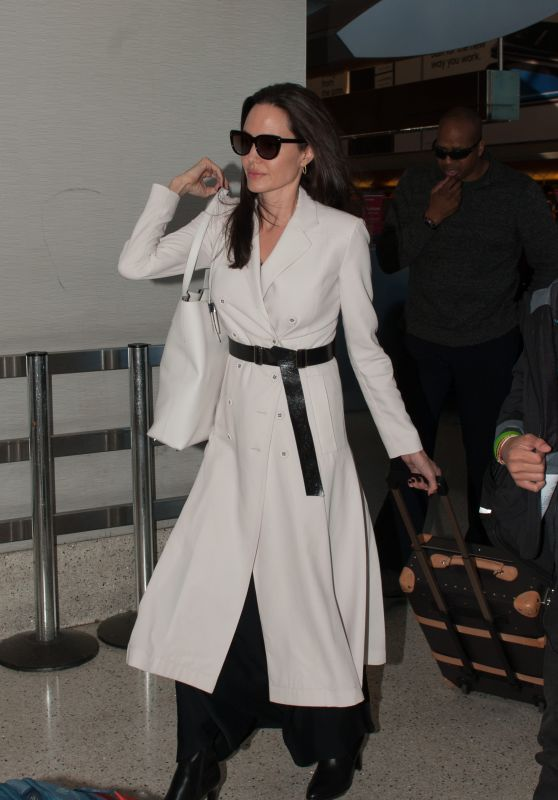 Angelina Jolie - Arriving to Los Angeles International Airport 3/11/ 2017