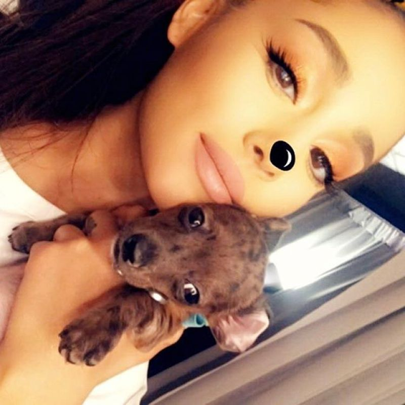 Ariana Grande – Facebook, Snapchat and Instagram Photos 3 ...