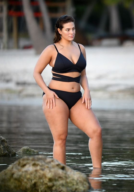 Ashley Graham in a Black Bikini On The Beach in Islamorada, FL 3/21/ 2017