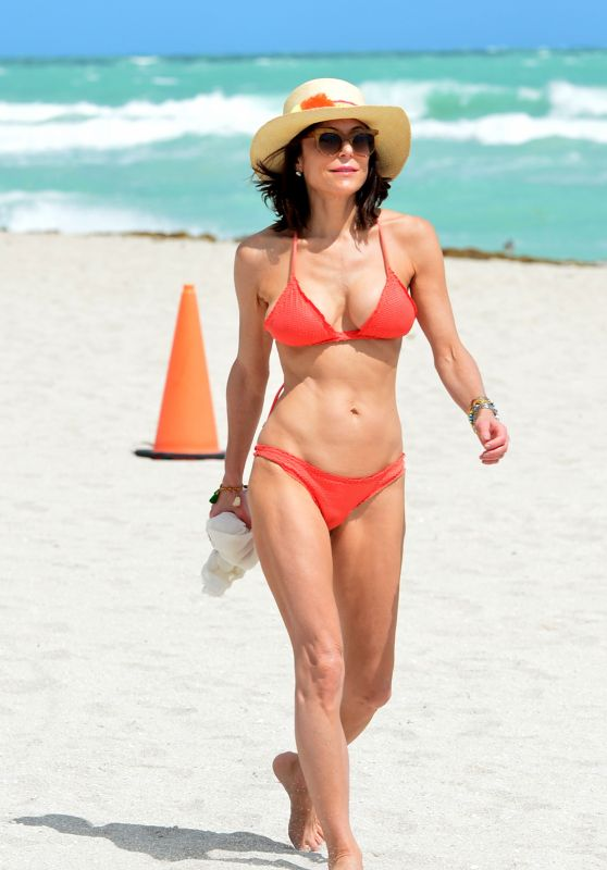 Bethenny Frankel in Bikini - Beach in Miami 3/4/ 2017
