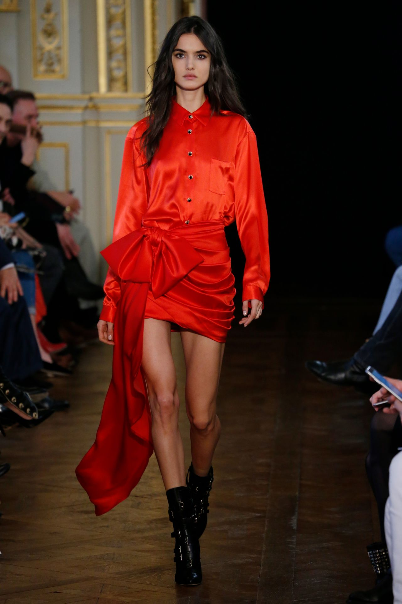 blanca padilla redemption show runway on paris fashion week march 2017. Black Bedroom Furniture Sets. Home Design Ideas